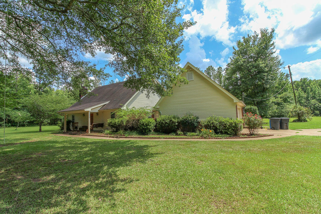 332 Hodges Rd